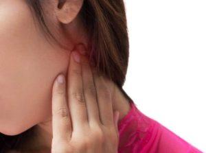 むち打ちによる首の痛み